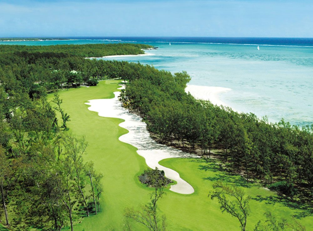 Golf holiday in tropical paradise